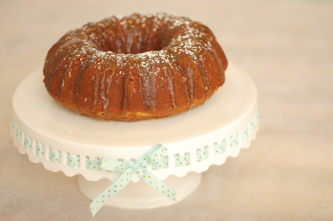 Vegan Gluten Free Glazed Maple Apple Bundt Cake | Nosh and Nurture